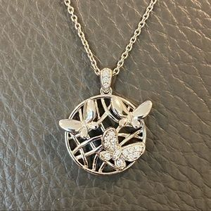 🔹Sterling Silver& Cubic Zirconia Pendant Necklace